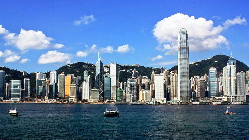 800pxhong_kong_island_skyline_200_2